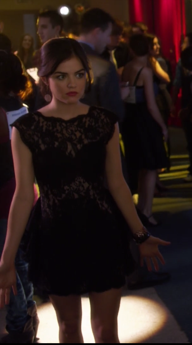A Get The Look Moment Aria Montgomery