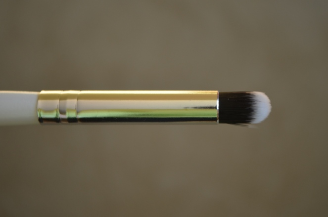 Modern Minerals Duo Fiber Mini Round Brush boxycharm february 2015 review swatch swatches beauty subscription box makeup