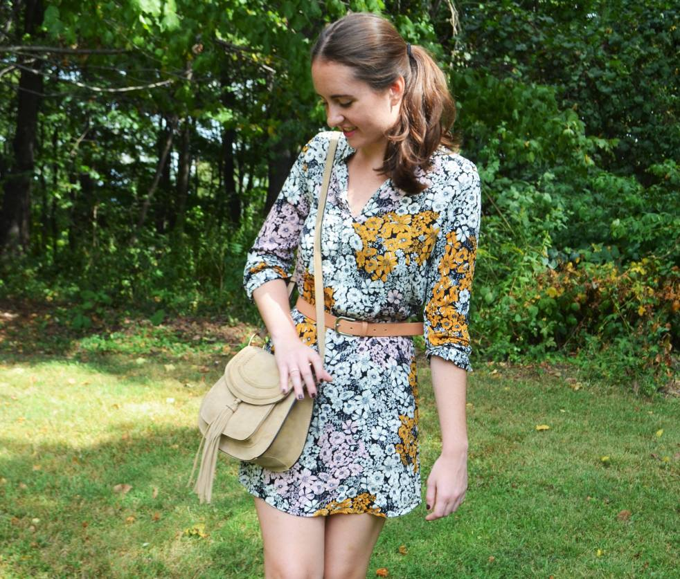 floral h&m 70s dress 1970s fashion style how to wear how to style leather belt suede saddle bag purse fall fashion outfit of the day lace up flats pandora daisy ring