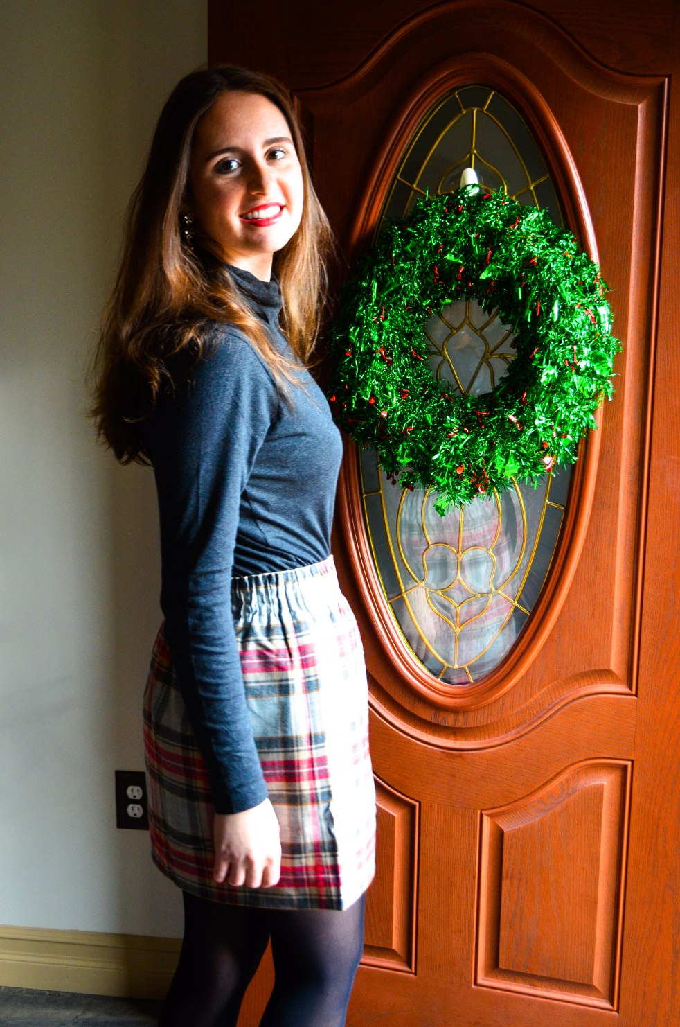 momentsofamermaid moments of a mermaid ootd outfit of the day winter christmas holiday skirt plaid j. crew factory j crew turtle neck burberry black tights preppy classic cute what to wear how to wear how to dress for winter paperbag skirt