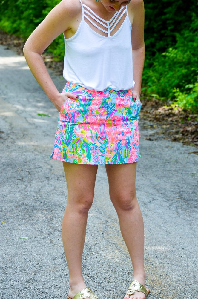 lilly pulitzer nicki skort fan sea pants gold jack rogers white express tank top statement tassel earrings summer outfit ootd what to wear outfit of the day style preppy classic fashion blog blogger momentsofamermaid moments of a mermaid