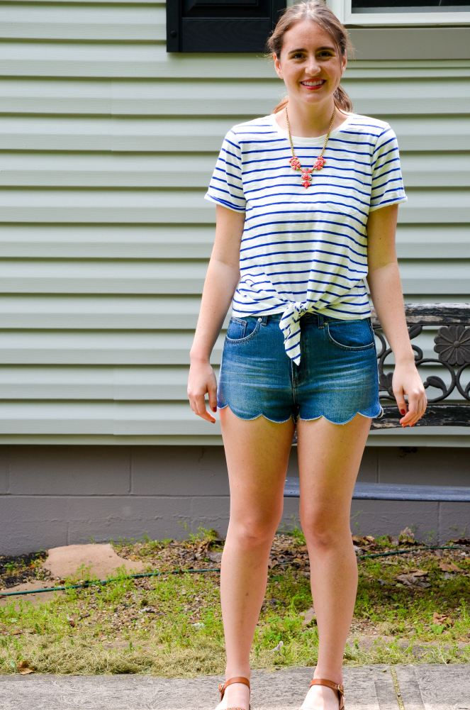 moments of a mermaid momentsofamermaid blog blogger fashion ootd outfit of the day style preppy clothing summer what to wear striped j crew factory tie front t shirt leather sandals steve madden h&M scalloped shorts statement necklace how to wear stripes and scallops scalloped